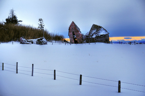 alberta canada abandoned forgotten dilapidated derelict barn farm landscape scenery overcast nikon d300 sigma 18200 winter snow snowy sunset sundre