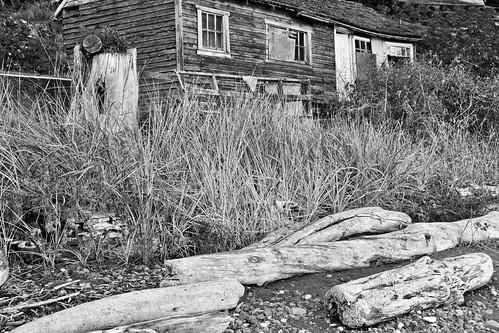 Seaside shack 2 b&w