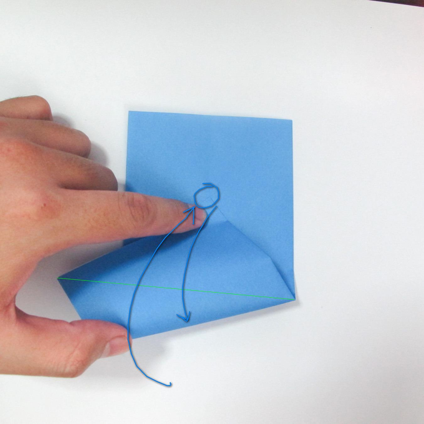 วิธีการตัดกระดาษเป็นห้าเหลี่ยมจากกระดาษสี่เหลี่ยมจตุรัส 008