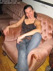 ven, 2006-12-29 02:05 - IMG_1454-Martine dans la chaise