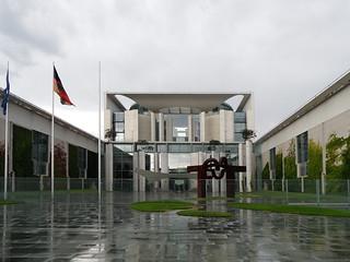 Bundeskanzleramt Berlin | by onnola