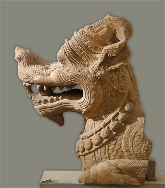 Dragon-Makara, art cham (musée Guimet)