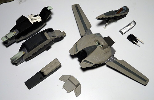 "1:100 Stonewell/Bellcom VF-1JS Super Valkyrie; ""200"" of the U.N. Spacy SVF-124 'Moon Shooters' Fighter Squadron; Lunar 'Apollo' Base, 2012 (ARII kit conversion) - WiP 