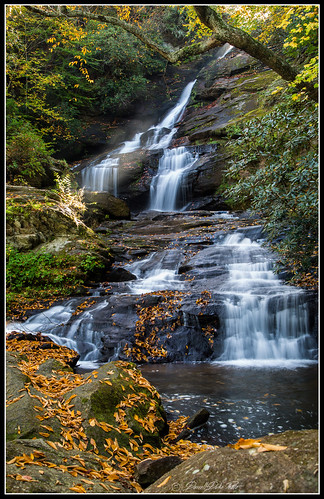 fallwaterfalls fallfoilage georgiawaterfalls smokeymountains