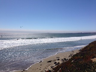 Kite surfers in Santa Cruz | by juli anna