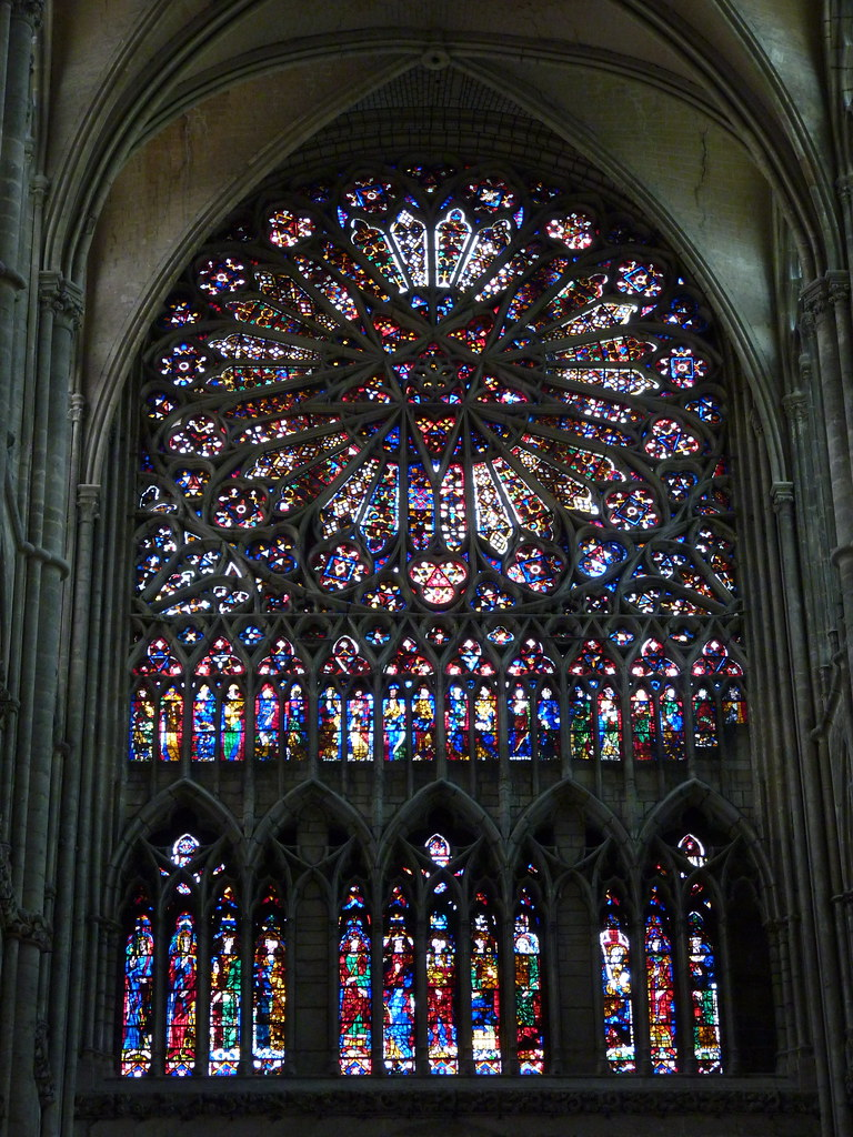 amiens cathedral - stained glass (2)