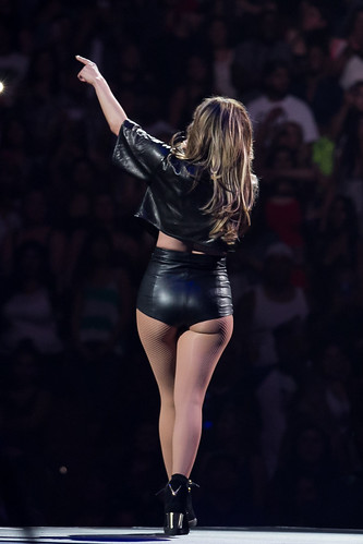 Its J-Lo ass day! Happy J-Lo Ass day everyone!   Its J-Lo as…   Flickr