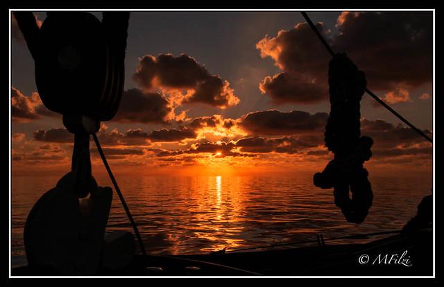L'Alba, navigando sulla Nave Scuola Palinuro