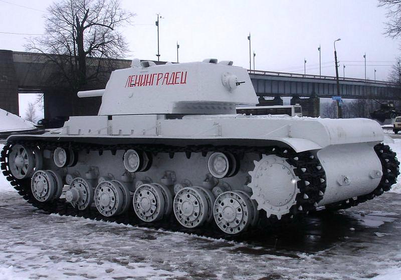 KV-1 Kirovsk (6)