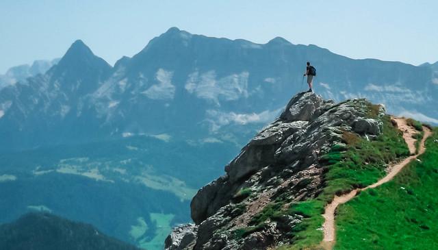 ***uno sguardo dall'alto.../ a look from the peak