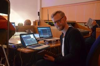 Emil Pettersson fixar ljudfiler