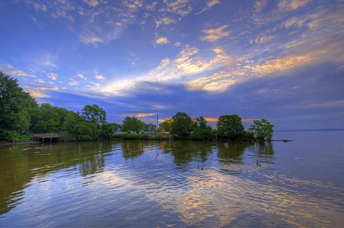 havredegrace md maryland millardtydingsmemorialpark chesapeakebay hdr highdynamicrange promenade clouds sky craigfildesfineartamericacom