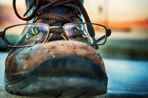 sun shoe glasses nikon desert d200 hdr laces gettyimages hbmike2000