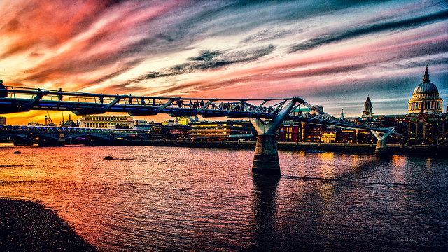 River & Sky Of Fire HC9Q7125_HDR-1