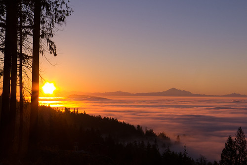 pink fall vancouver clouds sunrise bc britishcolumbia awesome foggy cypress inversion mtbaker thebestplaceonearth 2013 bakermassif
