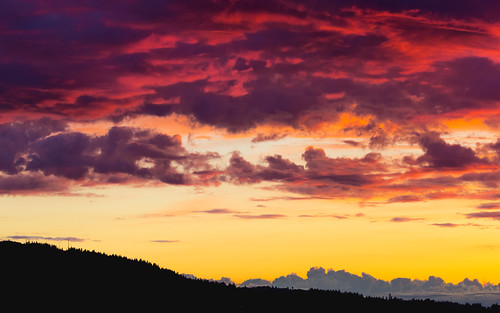 sunset pacificnorthwest sky clouds colorful issquah canon landscape nature outdoors porch canonef100400mmf4556lisusm canoneos5dmarkiii cloudy washington johnwestrock