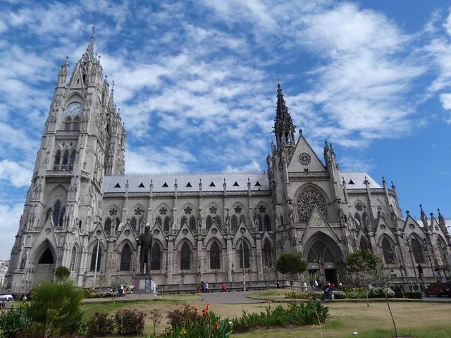 Basílica del Voto Nacional en Quito (Ecuador)