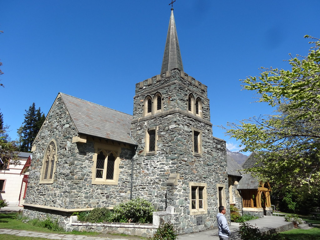 Queenstown. The fine schist Anglican Church built in 1932 ...