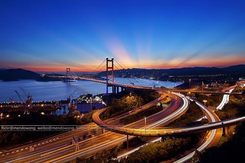 bridge light sunset hk skyline night flow hongkong cityscape jesus magichour