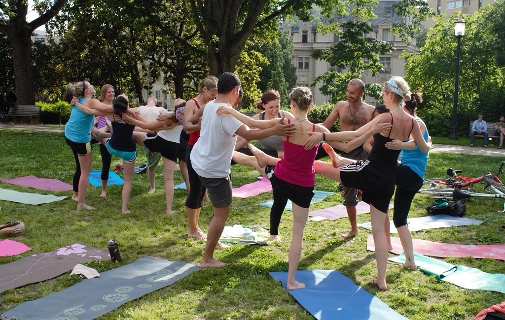 29a.Yoga.Upper.MeridianHill.WDC.20May2012 | Yoga at ...