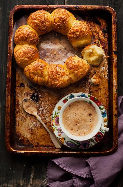 roti sobek /tear bread