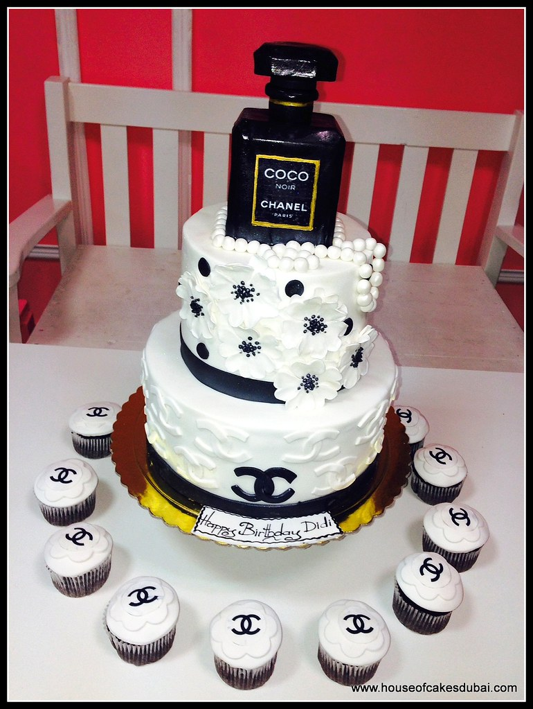 Excellent Chanel Perfume Cake And Cupcakes Irena Flickr Funny Birthday Cards Online Necthendildamsfinfo