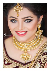 Smile is the best accessory a girl can wear on her wedding <3 :) :)