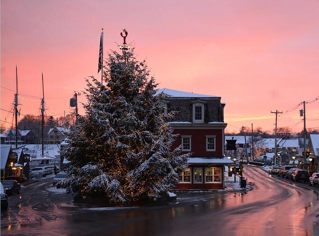 December colors
