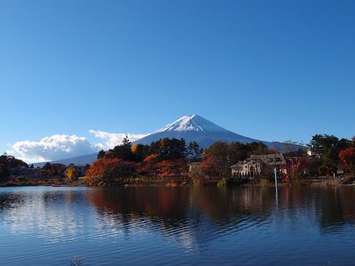 Mount Fuji @ Lake Kawaguchiko | by *_*