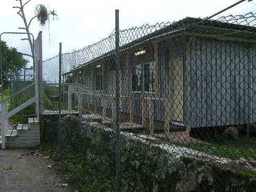 UNHCR News Story: UNHCR reports harsh conditions and legal shortcomings at Pacific Island asylum centres | by UNHCR