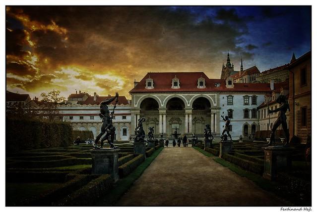 Praha - Prague_Valdštejnská zahrada_Wallenstein Palace_Czechia