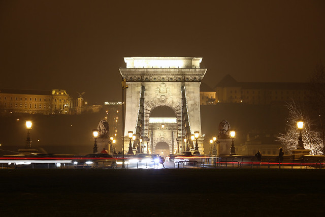 Chain bridge entrance at night viewed from the Gresham palace 1