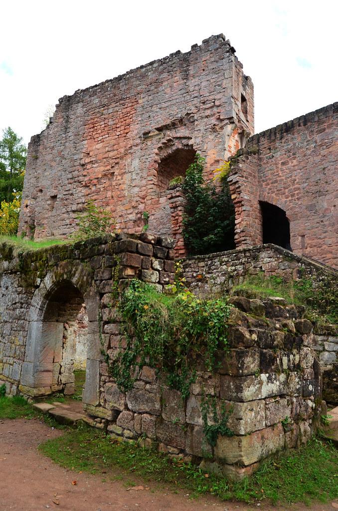 Entryway to Burg nanstein