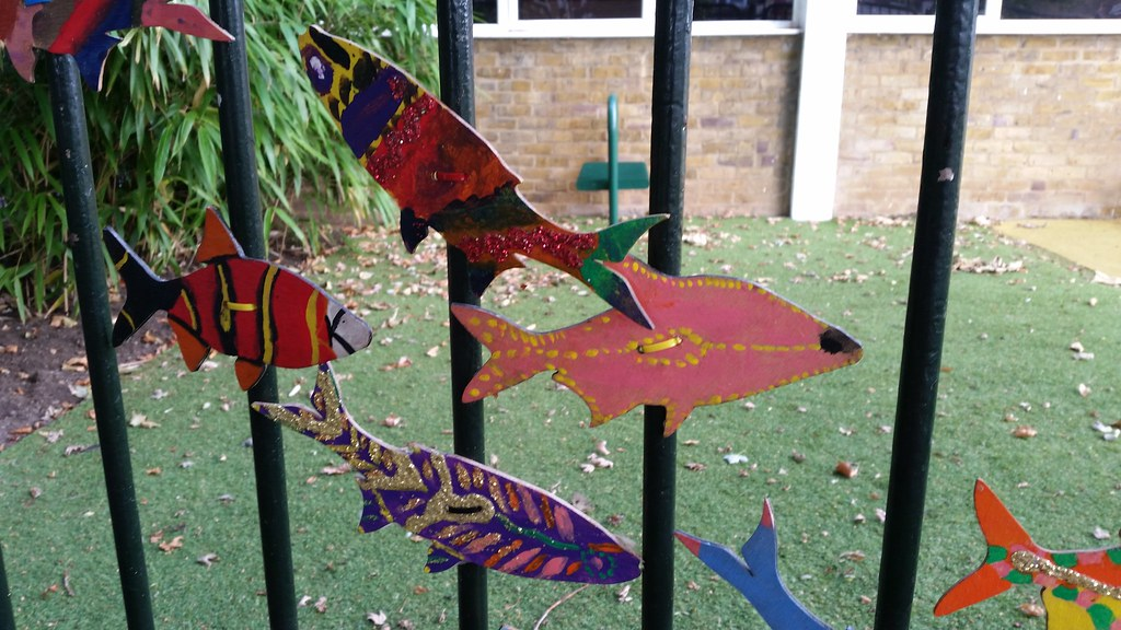 Rectory Gardens rain park - 'rivers of fish' artwork by school students