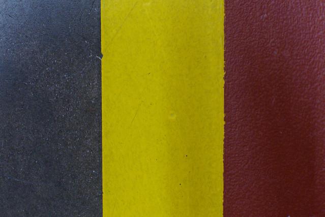Noir, jaune, rouge 4