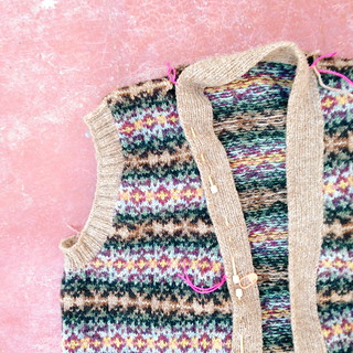 fair isle knitting | by Rosa Pomar