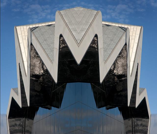 Scotland - Glasgow - Riverside Museum 06 flipped