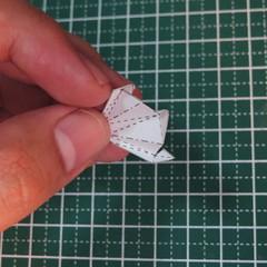 วิธีการทำโมเดลกระดาษเป็นสตอเบอรี่สีแดง 002