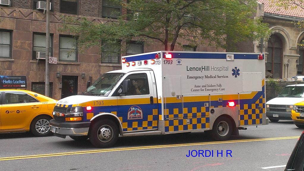 AMBULANCIA NEW YORK 2013 LENOX HILL HOSPITAL | burgos36 | Flickr