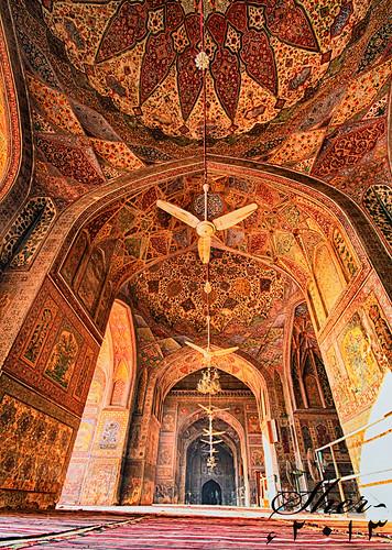 heritage wonderful colorful antique vivid arches fans khan calligraphy punjab kashikari fresco lahore masjid arabesque vividcolors mughal wazir mughalarchitecture masjidwazirkhan floraldesigns mygearandme muslimholyplaces flickrstruereflection1 brickimmitation