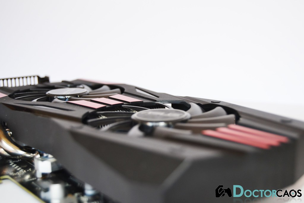 ASUS DirectCU II TOP Radeon R9 270X (5) | Dr Caos | Flickr