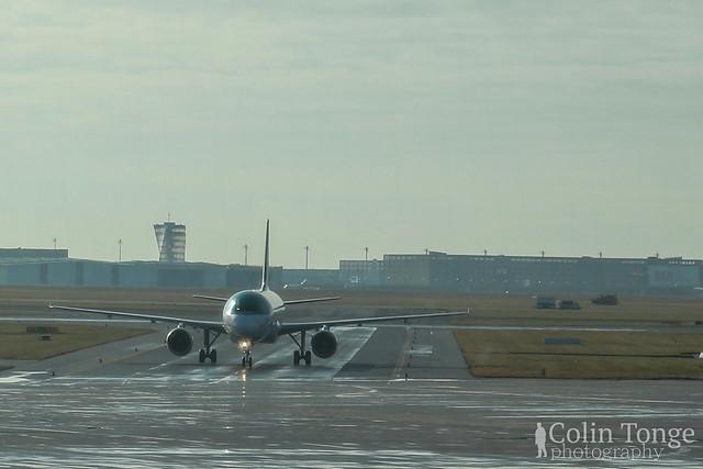 The Plane coming in, Berlin Schönefeld