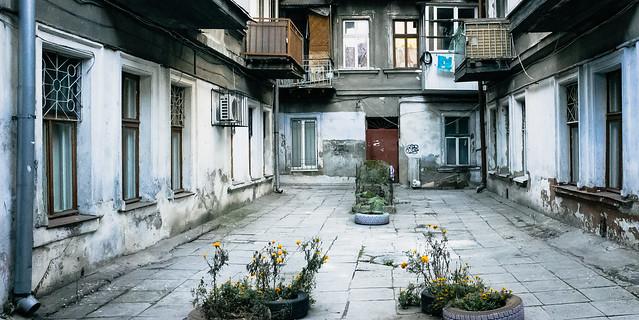 A yard off Velyka Arnautska street, Odessa