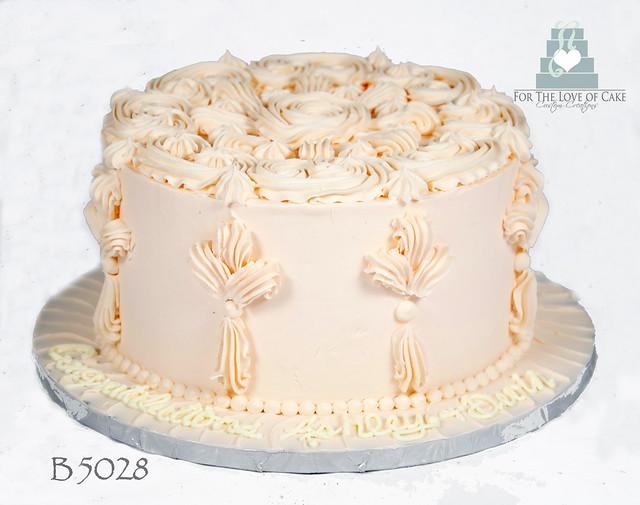 B5028-peach-decorative-buttercream-cake-toronto