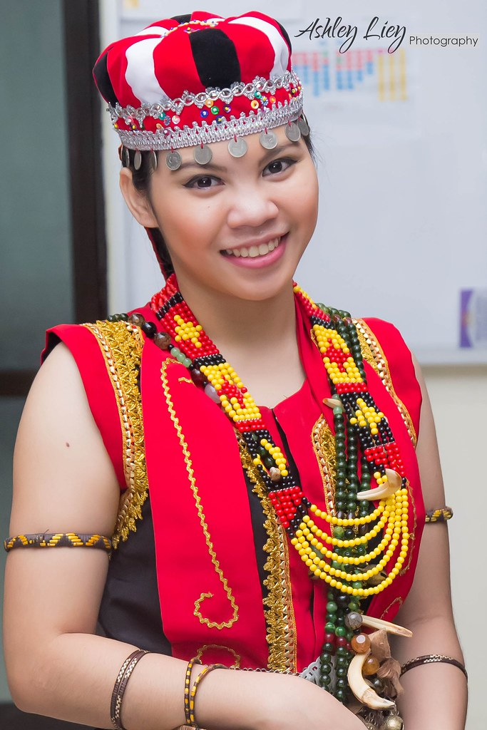 Meggin Bidayuh Costume My Gorgeous Cousin Ashley Liey Flickr