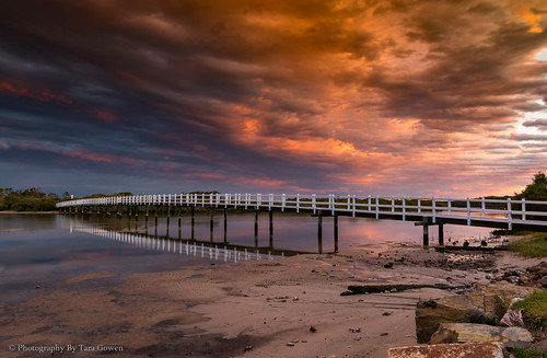 sunset stuartspoint nsw australia beautiful taragowen photographybytaragowen pink orange bridge