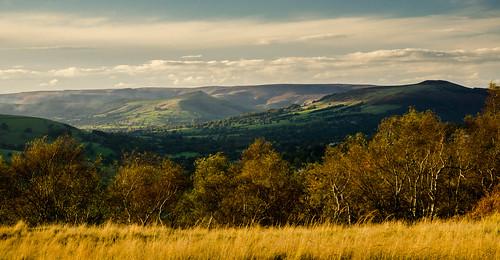 kinderscout derwentvalley longshawestate autumn lowsunlight evening hopevalley derbyshire peakdistrict