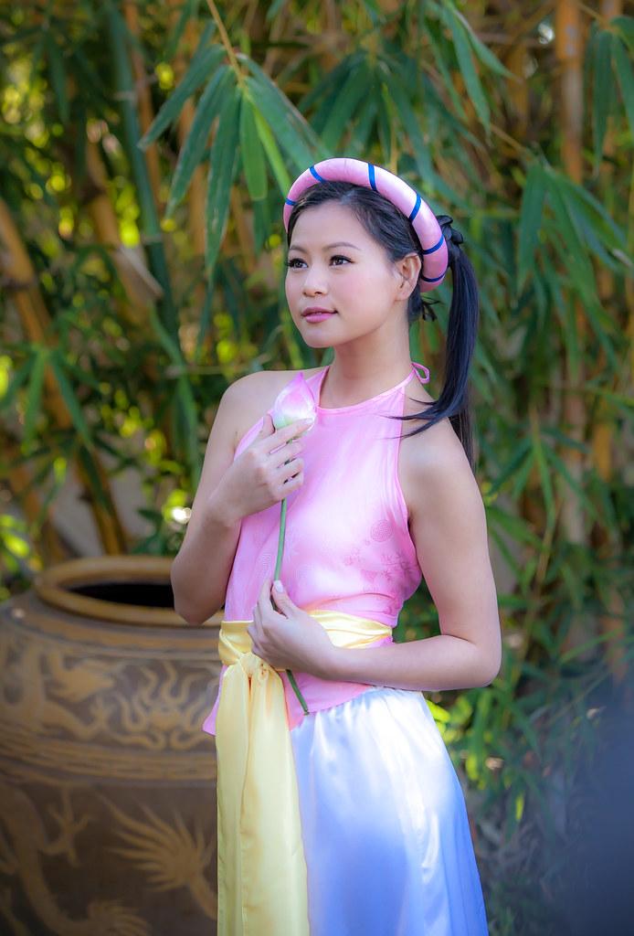 Sexy Asian Women - Beautiful Asians / Cute Asian Girls