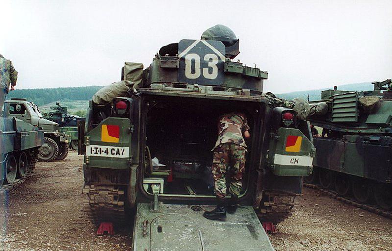 M3A2 Bradley (1)