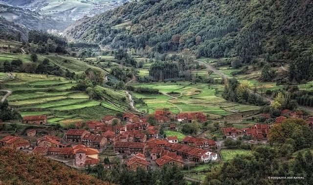 Carmona-Valle del Saja